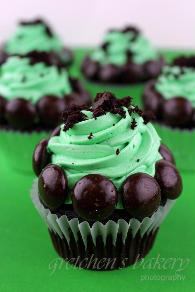 Oreo Mint Cupcakes