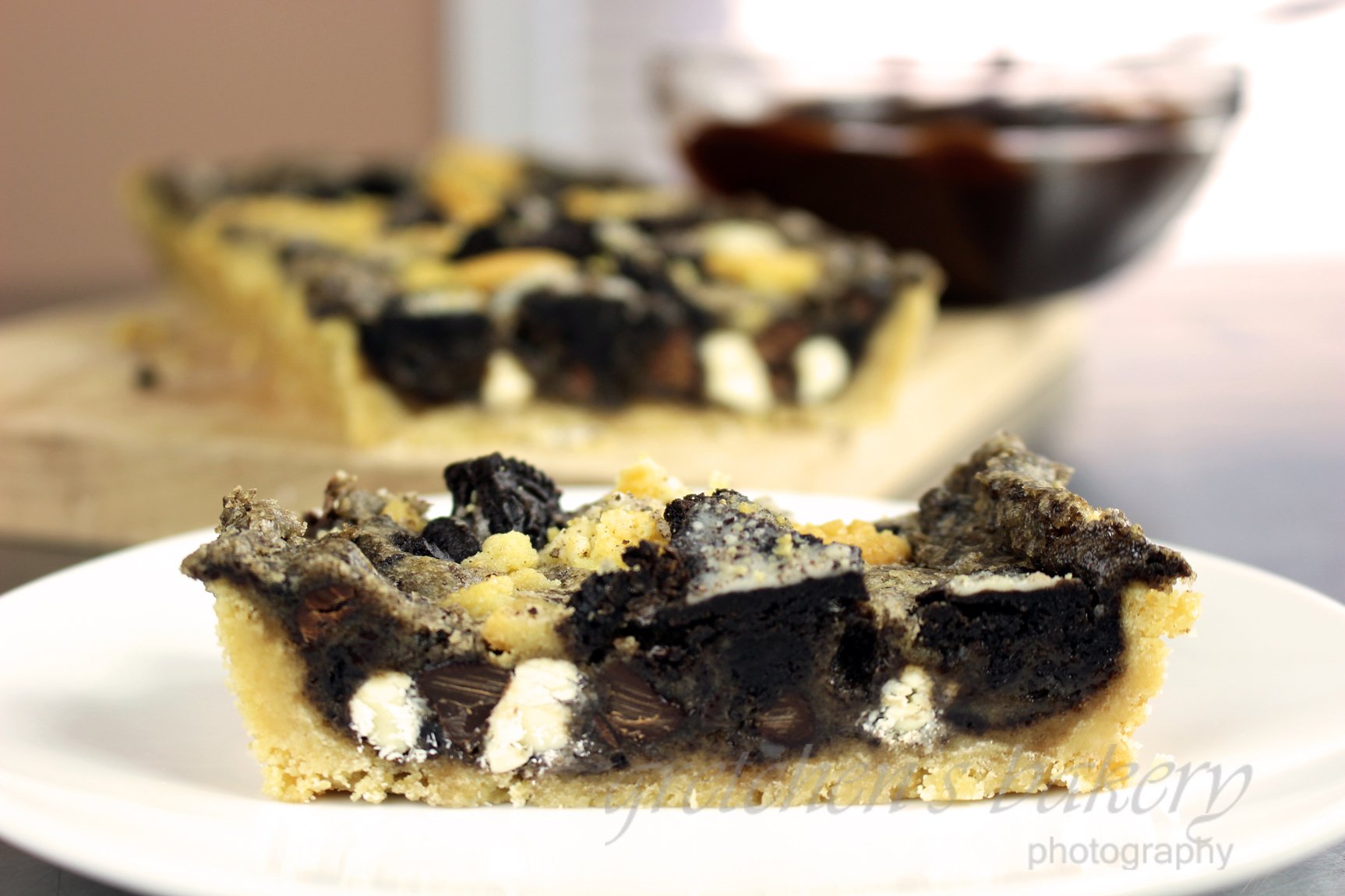 Black & White Oreo Cookie Tart