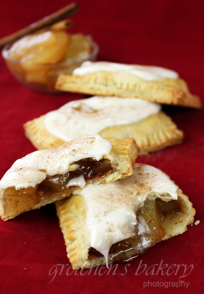 Vegan Cinnamon Apple Pop Tarts