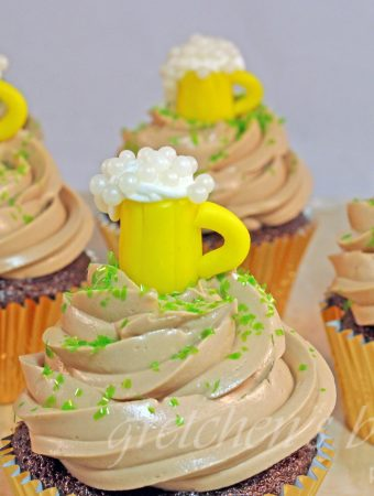 Vegan Bailey's Irish Cream Cupcakes