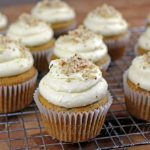 Vegan Banana Cupcakes with Cream Cheese Icing