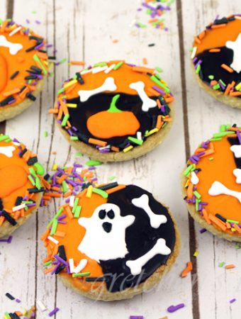 Halloween Black and White Cookies
