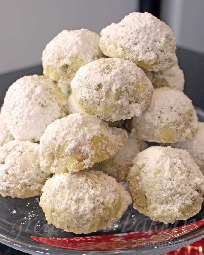 Vegan Snowball Cookies
