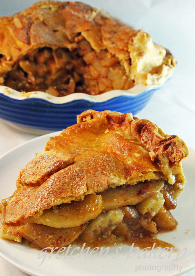 The Best Apple Pie Recipe is the simplest!