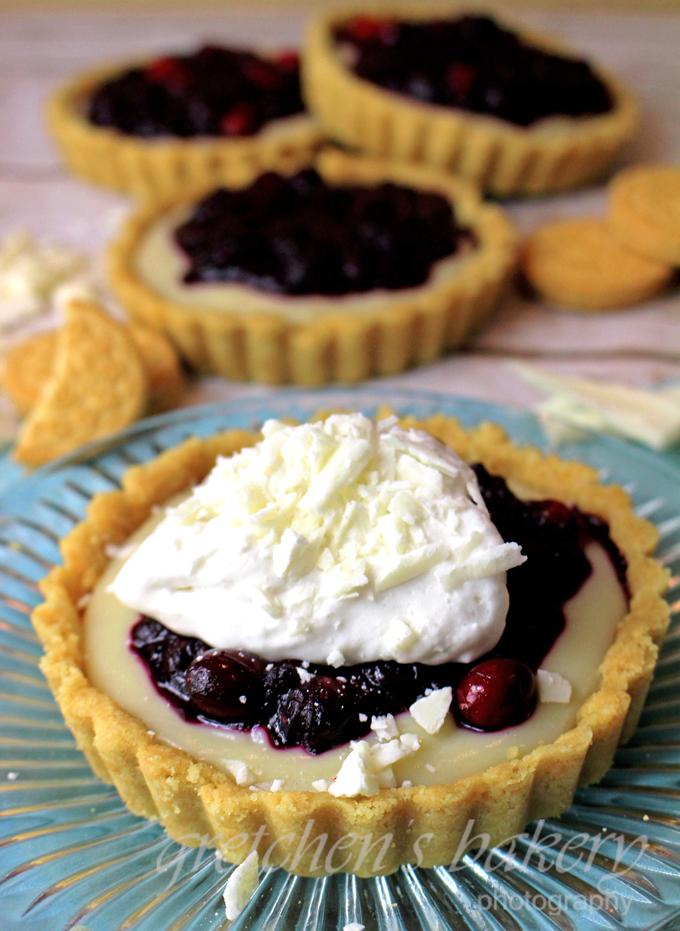 White Chocolate Berry Cream Pie